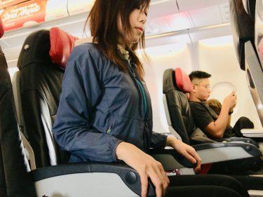 機内でストレッチ!
